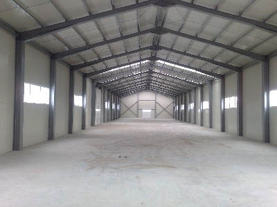 Hala depozitare/productie + birouri de inchiriat in Doba