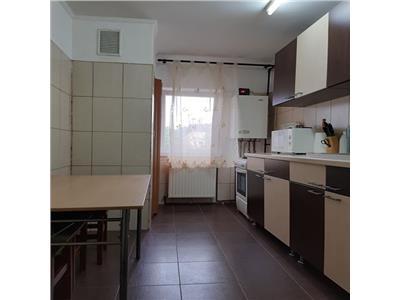 Apartament 3 camere, 2 balcoane Micro 17