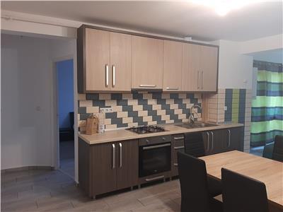 Apartament 3 camere Centrul Nou mobilat