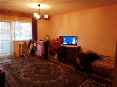 Apartament 2 camere M17 etaj 1
