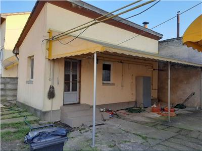Casa de vanzare zona Lucian Blaga