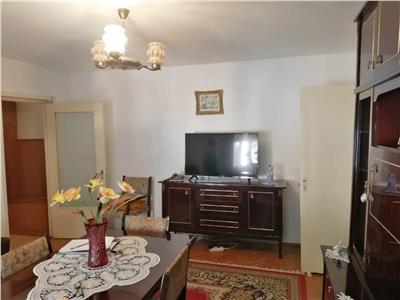 Apartament 3 camere M16 etaj 1